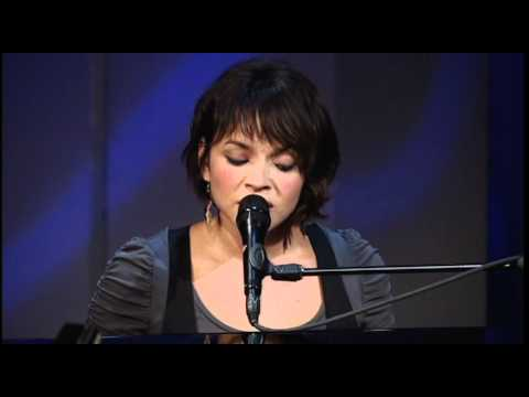 TAVIS SMILEY | Norah Jones - Man Of The Hour | PBS