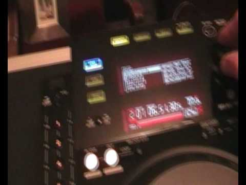 PIONEER CDJ-2000/CDJ-900  yes, you can D Link the two