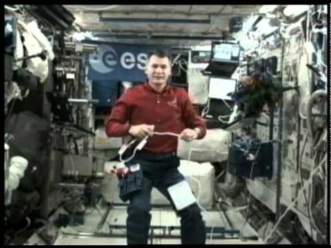 Paolo Nespoli calls Rome from the ISS
