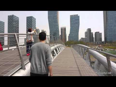 Walk With Me - Songdo Central Park [Korean Commentary]
