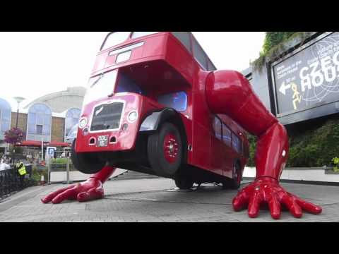 The World: London bus does push-ups