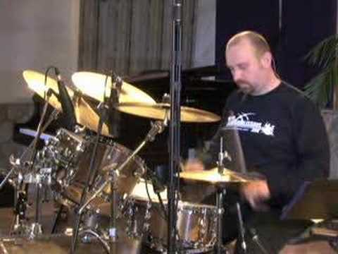 Six Stroke Roll - Drum Lessons