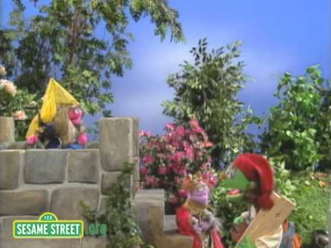 Sesame Street: Princess in the Low Tower