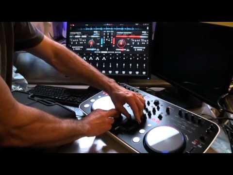 Pioneer DDJ ERGO with Virtual DJ DEMO. SHIFT KEY