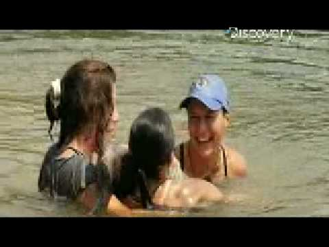 Wreckreation Nation- Girls Wrestling Catfish!
