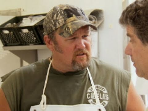 Only In America with Larry the Cable Guy - I Hate Oysters
