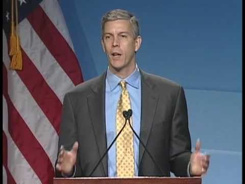 Secretary Arne Duncan speaks at the 2010 Blue Ribbon Schools Recognition event