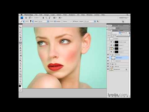 Photoshop: Organizing the layers of the image and cleaning up | lynda.com