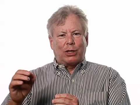 Richard Thaler Proposes Banks Take a Get-Rich-Slowly Approach