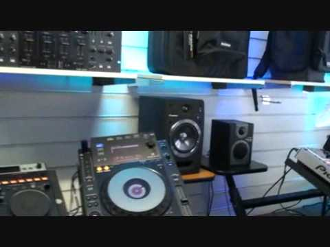 Pioneer  S-DJ05  1st showing in the UK at PhaseOne Darlington January 2011
