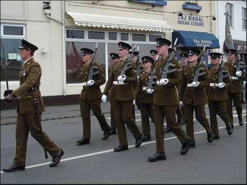 Royal Corps of Signals (March Past Music)