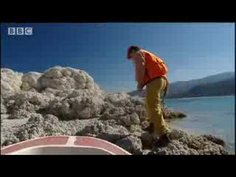 Strange white islands on Mars - Life on Mars - BBC Horizon science