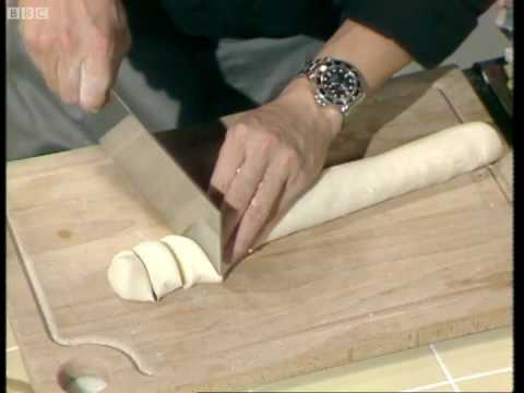 Peking Duck Part 3 - Ken Hom - BBC