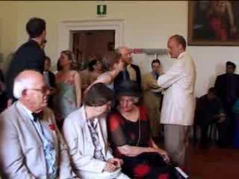 Wedding day - Italian style - BBC