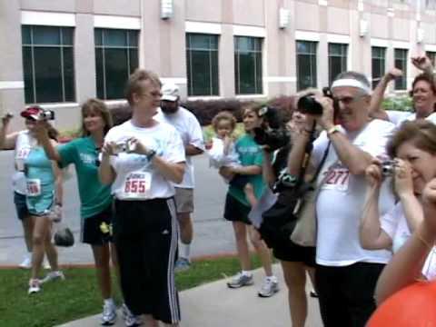 Running to Support Ovarian Cancer Research
