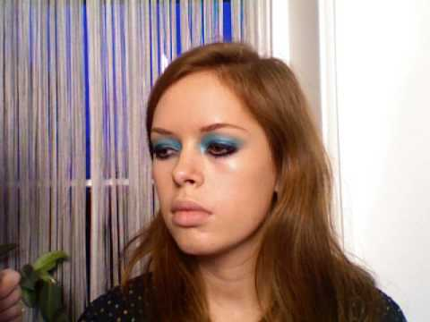 TREND: BLUE GUCCI RUNWAY MAKE-UP TUTORIAL