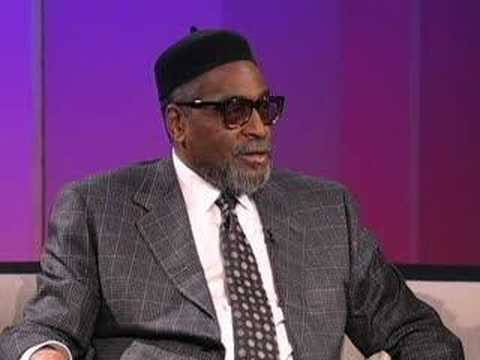 TAVIS SMILEY | Guest: Kenneth Gamble | PBS