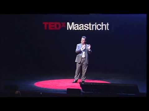 "TEDxMaastricht - Thomas Power - ""The end of organizations as we know them"""