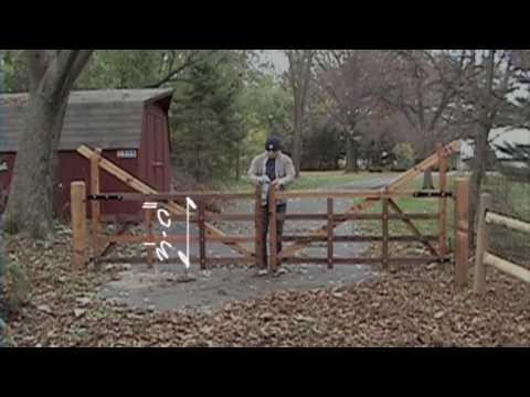 Wood gate detailing