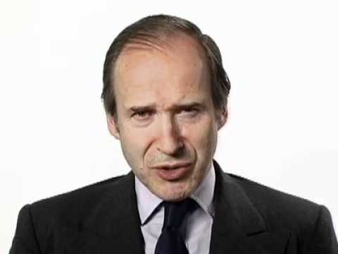 Simon de Pury:  Are auction guarantees changing the art market?