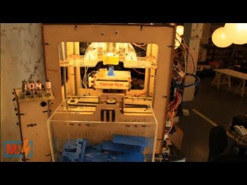 Time-lapse and MakerBot on Make: Live ep11
