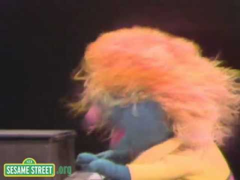 Sesame Street: Song - Count It Higher with little Chrissy