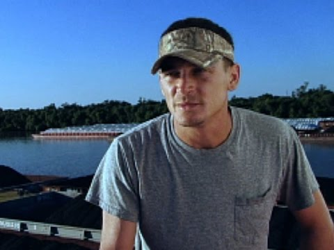Swamp People - Tug Boat Tommy