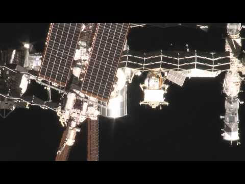 Unique Video Shows Shuttle Endeavour at ISS