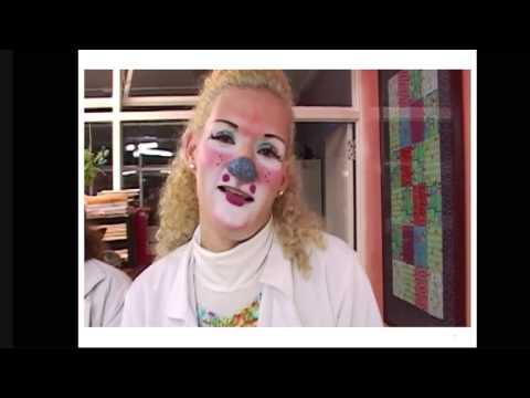 TEDxPura Vida 2012 -Angie Cervantes - El poder de las sonrisas