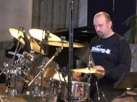Thirteen Stroke Roll - Drum Lessons