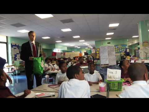 On The Move: Secretary Duncan Visits J.O. Wilson Elementary