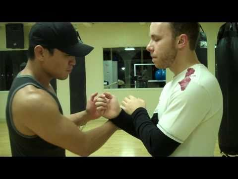 Wing Chun - Cross Arm Pak & Punch Drill (part 2)