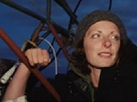 Night Diving | Bering Sea Gold