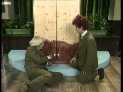 Prince's Wardrobe - The Smell of Reeves & Mortimer - BBC