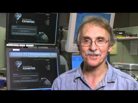 New Horizons: Crowd-Sourcing the Kuiper Belt