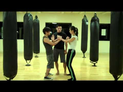 Wing Chun - Pak & Punch Drill (part 3)