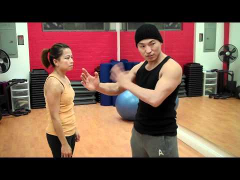 Wing Chun - Pak & Punch Drill (part 4)