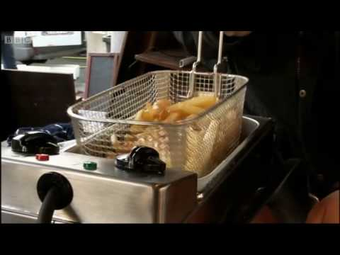 Perfect moules and frites pt 1 - The Hairy Bikers - BBC