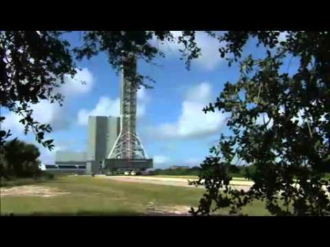 Time-Lapse- Mobile Launcher Moves to Launch Pad