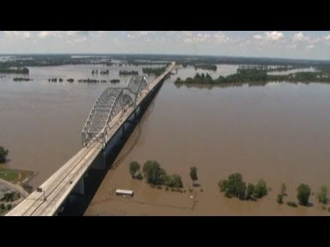 NewsHour Connect: Muddy Mississippi Floods in Memphis