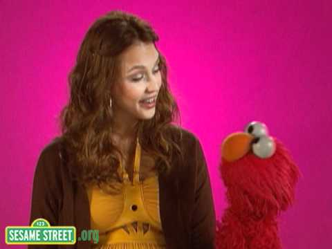 Sesame Street: Backstage With Elmo & Jessica Alba