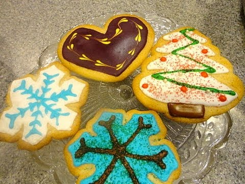 Part 2 of how to make and decorate Christmas cookies