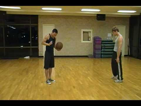Wing Chun - Passing The Basketball (part 1)