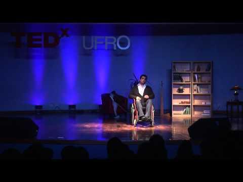 TEDxUFRO - Juan Luis Dumont - Defying Will