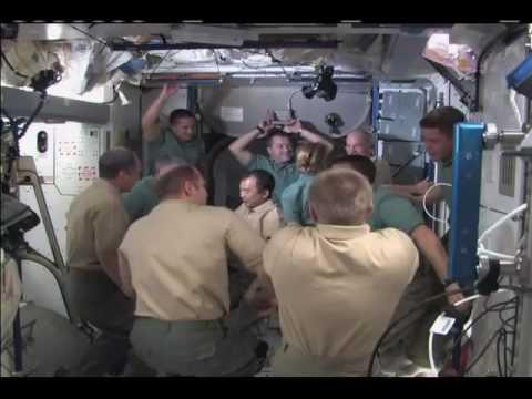 Shuttle Crew Bids Fond Farewell