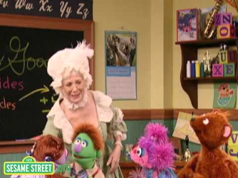 Sesame Street: Abby Meets Her Classmates