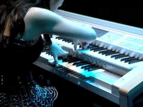 Qi Zhang's electrifying organ performance