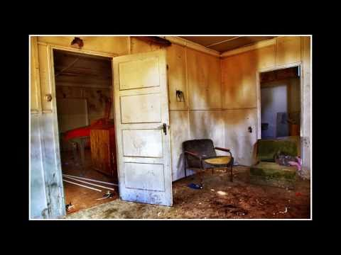 Urban exploring - 15 minute photo challenge