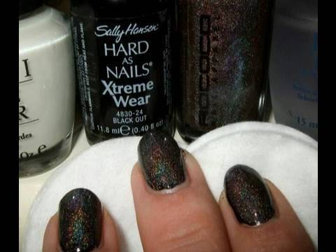 TBYB Nails Sally hansen Black out & Rococo andromeda