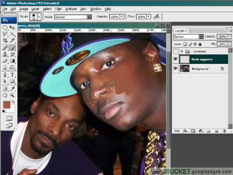 Removing flash hotspots: Photoshop retouching